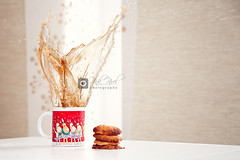 Cookie Splash~ (Pink Pixel Photography (f.k.a. Sunny)) Tags: christmas food coffee weihnachten yummy cookie haha splash pltzchen kekse peanutbuttercookies imalittlebehind becauseallthecoolkidsdothis ordidthis