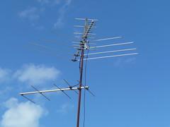 tv signal antenna pastsymbol