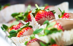 Godiva's Chocolate Covered Strawberries (ajagendorf25) Tags: christmas new york nyc red food color green dessert yummy strawberry berry nikon desert sweet chocolate manhattan tasty sugar midtown delicious wrapper confection sucre godiva d90 ajagendorf25 alexjagendorf