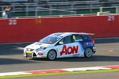4 Tom Onslow-Cole Team Aon Ford Focus (Stu.G) Tags: uk england ford car tom race canon eos is championship team october focus unitedkingdom united 4 free kingdom racing silverstone british motor practice usm 70300mm ef aon touring motorracing motorsport btcc autosport fordfocus touringcar carracing 2011 autorace touringcars britishtouringcarchampionship f456 britishmotorsport canonef70300mmf456isusm 400d canoneos400d freepractice onslowcole tomonslowcole october2011 teamaonfordfocus btcc2011 15oct11 15thoctober2011 4tomonslowcoleteamaonfordfocus