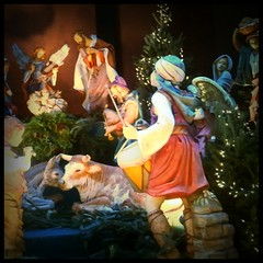 o come all ye faithful (lucymagoo_images) Tags: christmas city urban baby philadelphia mobile angel square lights jesus samsung manger philly nativity android magichour sght959 magichourapp lucymagoo lucymagooimages