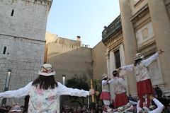 Moixiganga (Vilanova i la Geltrú) Tags: ball tres sant antoni tombs 2012 gegants cercavila mulassa cotonines entremesos