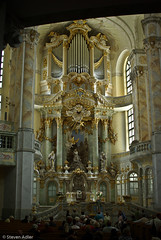 Orgel - Frauenkirche - Dresden (Adelmeister) Tags: church germany deutschland schweiz dresden pentax saxony adler kirche sachsen architektur steven arcitecture bauwerk frauenkirche orgel bastei denkmal schsische knigstein k7