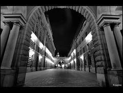 Walking by night (Kader Lagraa) Tags: light beautiful beauty composition contrast photography photo amazing interesting nikon shot image feel capture learn lense sense kader abdelkader lagraa klagraa