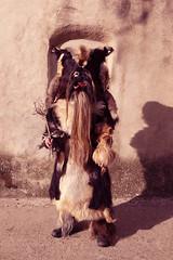 Carantoñas, máscara del Acehuche en sus fiestas de San Sebastian (carlos gonzález ximénez) Tags: terror ritual mito ancestral tradicion extremadura rito antropologia etnografia acehuche carantoñas mascaraiberica