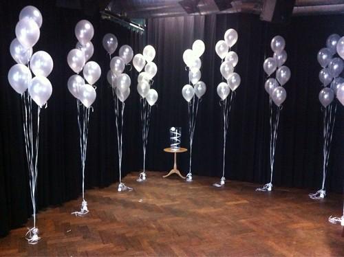 Tafeldecoratie 6ballonnen Gronddecoratie Walhalla Theater Rotterdam