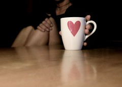 A cup of coffee? (Francy  [200.000 views, Thanks to all!!!]) Tags: coffee dof heart mug caff cuore vivaldi tazza