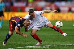 Barcelona vs Sevilla (Kwmrm93) Tags: barcelona sports sport canon football fussball action soccer final futbol futebol copadelrey fotball voetbal fodbold calcio deportivo fotboll  deportiva esport fusball  fotbal jalkapallo  nogomet vicentecalderon fudbal  javiermascherano votebol fodbal   kevingameiro