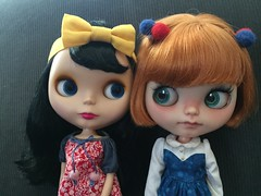 Maxie & Una  (Starbright_Sally) Tags: blythe goldie allgoldinone bl toletole miemadollhouse