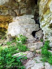 Fissure (jennifer_parker81) Tags: statepark arkansas rockformation ozarkmountains northwestarkansas devilsdensp