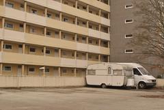 Mummelmannsberg, Hamburg (J@ck!) Tags: germany deutschland hamburg caravan brutalist socialhousing midrise mummelmannsberg