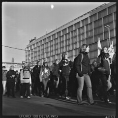 . (Martin Ritter) Tags: city people bw streets 6x6 grid crowd protest leipzig demonstration sw mf analogue ilford100 pentaconsix ilford100deltapro htwk empleyment