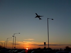 Leaving On A Jet Plane (leszee) Tags: sunset me plane airplane leaving you dusk aircraft jet can aeroplane airline if catch on catchmeifyoucan leavingonajetplane a flyingmachines fixedwingaircraft