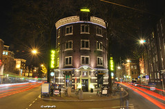 Split-up at the hotel (JdJ Photography (Aardewerk)) Tags: city light sleeping people signs holland cars netherlands amsterdam standing stars hotel evening licht europe downtown rooms driving traffic streetlights stripes centre nederland bikes tram taxis bicycles borden ghosts lamps autos innercity avond publictransport mokum centrum province fietsen spoken stad noordholland slapen staan spuistraat lampen mensen strepen openbaarvervoer benelux verkeer rijden sterren randstad nieuwezijdsvoorburgwal binnenstad provincie northholland kamers amsterdamcentrum splitup splitsing fietstaxi straatverlichting avenuehotel bicyclecab amsterdamcitycentre