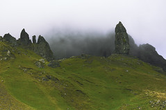 The Old Man Of Storr, Scotland (bm^) Tags: old uk man skye tourism scotland highlands oldman highland gb reizen schotland oldmanofstorr storr toerisme greatbrittain  travelschotland