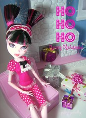 Ho Ho Ho (partydolly) Tags: christmas girls snow scale fashion monster one miniature high cabin doll dolls christmastree presents loves sixth moxie diorama partydolly