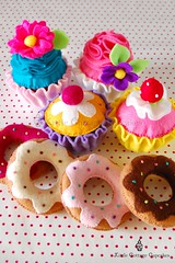 Christmas 2011 Present 1 (Little Cottage Cupcakes) Tags: toy cupcakes felt donuts feltfood littlecottagecupcakes
