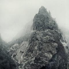 Cold fist (Weisimel) Tags: trees nepal mountains texture monochrome rock fog zeiss trekking river t nikon top f14 foggy peak carl mm monochrom circuit 85 annapurna himalayan planar himal zf carlzeissplanar85mmf14tzfnikon