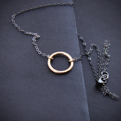 simple. classic. circle. necklace