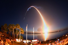 Discovery streaks into space (Ben_Cooper) Tags: timelapse twilight streak nasa liftoff kennedyspacecenter ksc launch discovery spaceshuttle nationalaeronauticsandspaceadministration shuttlediscovery bananacreek sts131