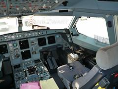 Gulf Air Airbus A340-313X flightdeck (Frans Zwart) Tags: airplane inflight gulf air cockpit crew airbus rest flightdeck gf gfa a340313x