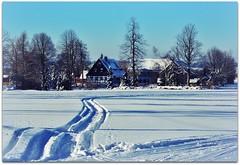 snowshoeing (rafischatz... www.rafischatz-photography.de) Tags: winter snow building tree germany landscape picnic village pentax saxony snowshoeing nassau oremountains snowtrails altesforsthaus k200d skiingtrail