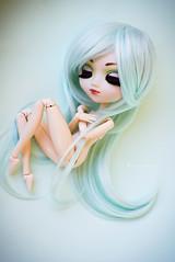 Birth (Rinoninha) Tags: doll chips wig pullip prunella mueca coolcat peluca leeke leekeworld rewigged rechipped neliel