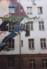 Berlin 1990 - Mural on a squatted building - (convergent_evolution) Tags: manchester punk squat punkrock punx punks hardcorepunk manchesterpunks