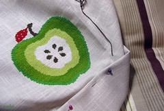 An apple a day.. (pooka loves tomatoes) Tags: apple crossstitch