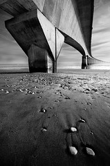 Concrete (Tony N.) Tags: bridge bw france beach concrete stones sigma nb pont pierres 1020 plage ré beton charentes d300s