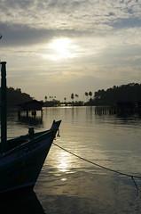 _K5_6658 (canomike) Tags: sunset elephant thailand island pier fishing asia southeastasia gulf head goldenhour fishingvillage gulfofthailand bangbao earthasia