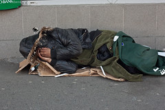 Om al strazii, homeless (Arta Gabriel Baloiu) Tags: homeless romania zona europeanunion bucuresti garadenord capitala fotografnavodari fotografconstanta fotografamator wwweliberaro omalstrazii