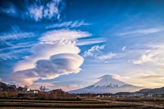 Lenticular Clouds (Yuga Kurita) Tags: japan clouds landscape fuji mount mountfuji fujisan lenticular 富士山 mtfuji yamanashi fujiyama fujiyoshida 富士吉田 富士 lenticularclouds 山梨県 笠雲