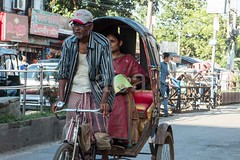 H504_3204 (bandashing) Tags: street england shopping manchester glasses transport passengers shops specs rickshaw spectacles sylhet bangladesh bazar socialdocumentary aoa bondor shgts bandashing akhtarowaisahmed bondorpoint