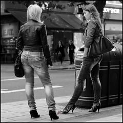 5877249517_fc7cfb4e0a_b_gig (Tillerman_123) Tags: feet heels giantess