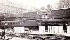 Euston 16 May 1964 45583 Assam (davids pix) Tags: station jubilee steam british locomotive assam railways euston 1964 stanier uksteam 160564 45583