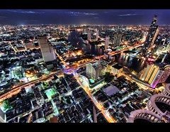 Bangkok, City of Light! (I Prahin | www.southeastasia-images.com) Tags: city bridge sunset sky bar night canon river movie thailand lights golden cityscape bangkok explore drinks cocktails chaopraya hdr sirrocco silom cityofangels skybar statetower thedome thonburi shangrilahotel bangrak tonemapped explored lebua thehangover qhouse highestbar taksinbridge worldsbestbar lebuahotel totallythailand thehangoverpartii