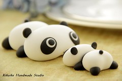 Birthday cake topper - Tare panda (charles fukuyama) Tags: birthday blackandwhite panda handmade caketopper custom sculpted tarepanda cakedecoration birthdaycaketopper