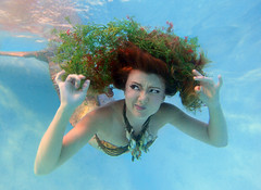 Twig the Fairy Mermaid's Seaweed Adventure (gbrummett) Tags: blue portrait seaweed water colors beautiful beauty ribbons colorful underwater fairy fantasy mermaids twig stunning fairies mermaid vignette faerie img2998 twigthefairy canoneos5dmarkiicamera grantbrummett canonef1740mmf4lusmzoomlens aquatechdc5v2sporthousing aquatechlpvwziiflatlensport