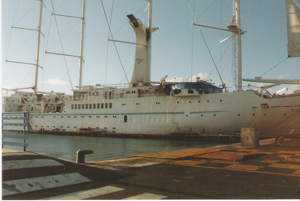 The Worlds Best Photos Of Tahiti And Windstar Flickr Hive Mind - Windsong cruise ship