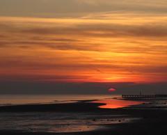 sul finir del giorno (ma.ri_na) Tags: sunset beach marina tramonto spiaggia jesolo platinumheartaward magicalskies mygearandme mygearandmepremium mygearandmebronze canong12 blinkagain