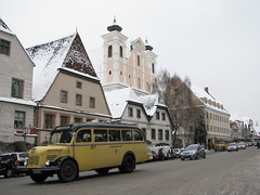 Steyr - Stadtplatz - Austria (Been Around) Tags: schnee winter snow church austria sterreich europa europe december advent niceshot travellers kirche eu marienkirche dezember sr obersterreich autriche austrian 2010 aut steyr stadtplatz o  upperaustria postbus 5photosaday a grnmarkt concordians thisphotorocks worldtrekker visipix expressyourselfaward flickrunitedaward bauimage steyrerpostbus