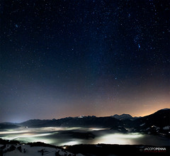Over The Fog (Jacopo Penna) Tags: light sky sunlight fog night de star nikon f14 g over plan iso via val cielo da 24mm nebbia notte sci badia bolzano piste stelle kronplatz starlight hight corones terento terenten brunico pustertal dobbiaco pusteria costellazioni perca lattea d700 kienes pfalzes jacopopennaphotography monguelgo jacopopennaphotograhy