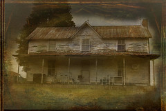 Country House (kjerrellimages (Kevin W. Jerrell)) Tags: old houses homes rural virginia country dilapidated ewing leecounty backroadphotography kjerrellimages crockettridge