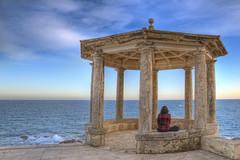 Meditació trascendental (christian&alicia) Tags: sea costa marina mar nikon mediterranean sigma catalonia ronda catalunya brava 18200 hdr platja daro sagaro catalogne mediterrani camí d90 gr92 christianalicia
