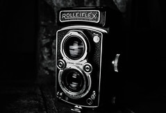 w1.fifty2 - Rolleiflex Automat 6x6 (edwardconde) Tags: blackandwhite bw black pentax 2012 ipad pentaxkx 50mmf17 p52 52weeks project52 rolleiflexautomat6x6 tamronspaf1024mmf3545diiildasphericalif snapseed 522012 edwardconde73