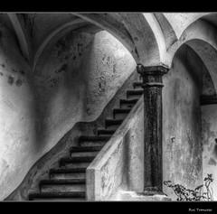 Column and Stair - Evora (Rui Trancoso) Tags: srieouro bestcapturesaoi ruitrancoso elitegalleryaoi mygearandme mygearandmepremium mygearandmebronze mygearandmesilver mygearandmegold mygearandmeplatinum