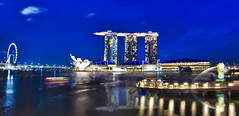 Singapore Marina Bay Paranomic (Wang Guowen (gw.wang)) Tags: lighting longexposure reflection nikon singapore cityscape nightshot firework 2012 singaporeflyer marinabaysands d7000 tokinaaf1116mmf28 tokinaatx116f28 artsciencemuseum blinkagain gwwang wwwon9cloudcom