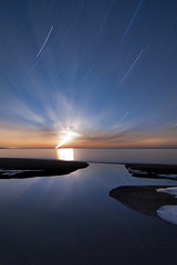 K7__9878 (Bob West) Tags: longexposure nightphotography moon ontario beach night lakeerie greatlakes moonrise moonlight nightshots startrails k7 southwestontario bobwest pentax1224