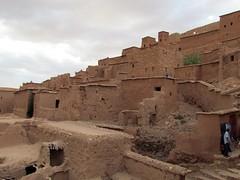 At Benhaddou (Linda DV) Tags: africa travel canon geotagged morocco maroc atlas ouarzazate ksar kasbah draa ksour highatlas 2011 atbenhaddou soussmassadra dravalley almarib  lindadevolder powershotsx30